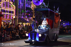 Frightfully Fun Parade (AGoofyGirl) Tags: nightmarebeforechristmas disneyland mainstreetusa frightfullyfunparade