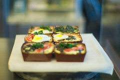 Kiasu Espresso - Breakfast Menu Savory Tarts (Leica M9 + 50mm f/1.0 Noctilux) ([a10101100]) Tags: morning food coffee breakfast cafe brunch tarts leicam9 50mmnoctiluxf10 kiasuespresso