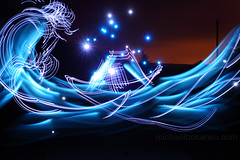 Illuminating Hokusai's 'The Great Wave off Kanagawa' - Michael Bosanko (michael_bosanko) Tags: lightpainting michael lightgraffiti lightart michaelbosanko bosanko wwwmichaelbosankocom