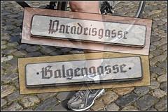 Paradeisgasse / Galgengasse (Runemaker) Tags: signs rothenburg rothenburgobdertauber paradeisgasse galgengasse galgentor strase strasse gasse lane shoe schuh bicycle fahrrad rad bike cobblestone bayern bavaria germany deutschland cycling bicycling radfahren radfahrer radeln altmhl radweg collage altmhltal