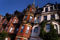 Back Bay - Commonwealth Avenue 2 (luco*) Tags: tatsunis damrique amrique usa united states america nouvelle angleterre new england massachusetts boston back bay maisons houses commonwealth avenue strong