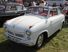 Alexander (Schwanzus_Longus) Tags: tostedt german germany old classic vintage car vehicle lloyd alexander cabrio cabriolet convertible sedan saloon limousine white