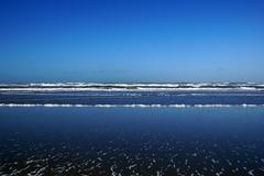 into the blue (okrakaro) Tags: intotheblue ocean northsea water waves horizon horizont nordsee insel island terschelling januar 2016 netherlands niederlande nature blue sky landscape blau blauer natur