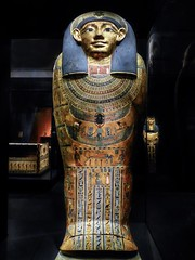 Inner Coffin of Meret-it-es Egypt Late Period to Ptolemaic Period 30th Dynasty to early Ptolemaic Dynasty 380-250 BCE Wood pigment gesso and gilding (mharrsch) Tags: coffin sarcophagus anthropoid gilded gold death burial funerary 30thdynasty ptolemaicdynasty lateperiod ptolemaicperiod religion myth goddess deity ancient nelsonatkinsmuseum kansascity missouri mharrsch
