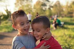 Marco & Davide (sga77) Tags: marco davide gemelli twins fratelli abbraccio love amore ridere parco degli acquedotti rome roma autumn september