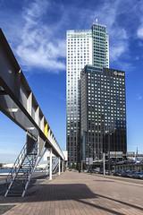 Maastoren (R. Engelsman) Tags: maastoren building highrise skyscraper kopvanzuid rotterdam 010 netherlands nederland nl architecture outdoor skyline deloitte rotjeknor