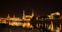 Dresden by Night (numi's motivkiste) Tags: dresden elbe nachtaufnahme night langzeitbelichtung lzb
