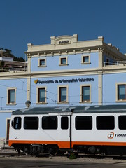 La Marina. Alicante, 19/02/2012 (Zritiax) Tags: alacant alicante la marina fgv tram man 2300 2307 2310 2311 2312 ferrocarril tren railway