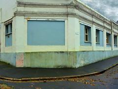 (Jean-Luc Lopoldi) Tags: coin angle ruemoche lahavane vide dsert nobody mursdfraichis trottoir sidewalk