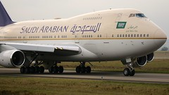 HZ-HM1C (Breitling Jet Team) Tags: saudi arabian royal flight b747sp68 hzhm1c euroairport bsl mlh basel flughafen