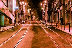 Lisboa by night !! (Bouhsina Photography) Tags: rail tram nuit vide rue street midnight bouhsina bouhsinaphotogrphy lisbonne portugal canon 5diii ef85mm couleur lumire brillant morrocan wow perspective