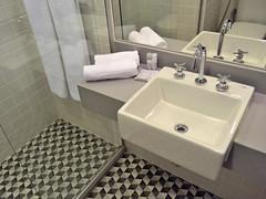 55rio_banheiro_0568 (marketing55rio) Tags: hotel lapa 55rio moderno luxo rio de janeiro standard master suite