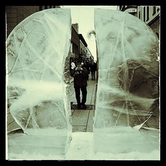 isskulptur #uppsala #isfestival #is #ice #icesculpture... (Archos72) Tags: camera black art ice is konst uppsala kamera icesculpture svartvit isskulptur isfestival uploaded:by=flickstagram instagram:photo=391320989488909371271432306
