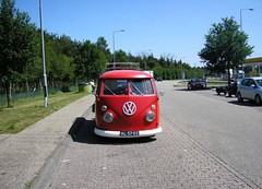 "AL-57-05 Volkswagen Transporter kombi 1967 • <a style=""font-size:0.8em;"" href=""http://www.flickr.com/photos/33170035@N02/8701719701/"" target=""_blank"">View on Flickr</a>"