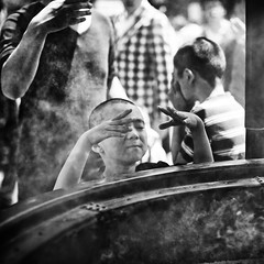 early connections~ Tokyo (~mimo~) Tags: boy people blackandwhite japan square temple photography tokyo hands asia buddhist smoke religion incense sensōji earlyconnections mimokhair