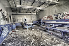 30 Mins for Lunch (red_dotdesign) Tags: decay dirt urbanexploration grime urbex
