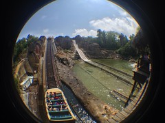 Tutuki Splash (CoasterMadMatt) Tags: park parque espaa fish eye primavera port de lens photography polynesia amusement spring spain foto distorted photos may fisheye mayo splash themepark aventura espaol fisheyelens atracciones iphone fotografa fotografas portaventura parquetemtico 2013 tutuki tutukisplash coastermadmatt uploaded:by=flickrmobile flickriosapp:filter=nofilter