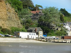 Fishermans Cottage Shanklin. (steamie bob) Tags: isleofwight shanklin iow fishermanscottage sandownbay