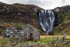 Clashnessie, Assynt (amcgdesigns) Tags: andrewmcgavin assynt cottage culkeinsept2013 decay northwest oldbuildings ruin waterfall clashnessie scotland unitedkingdom canon cliffs cliff croft cs6 decayed drama eos eos7d highlands lightroom lightroom4 river scottish september ullapoolarea waterfalls white canon100400mm ©andrewmcgavin