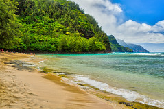 Ke'e Beach (Garden Isle Images) Tags: kauai kauainorthshore beaches beach tropical seascape island kee