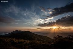 Pôr do Sol na Serra do Lopo (Waldyr Neto) Tags: serradolopo mantiqueira sunset pordosol picodolopo montanha montanhas mountains