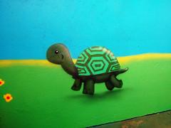 tartaruga (BENET - BNT) Tags: graffiti infantil escola spray bnt benet art arte custom work paint pintura