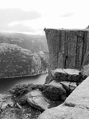 Preikestolen (SketchyLab.) Tags: preikestolen norge norway norvge hiking rando ascension caillou landscape nature paysage bw