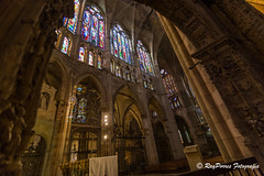 Interior de la Catedral de Leon, Castilla y Leon, Espaa. (RAYPORRES) Tags: catedraldeleon septiembre pulchraleonina 2016 leon espaa castillayleon