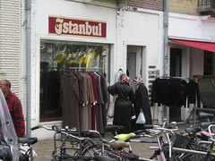 Istanbul (streamer020nl) Tags: amsterdam 2016 111016 11oct16 holland nl nederland netherlands niederlande paysbas istanbul fashion mode javastraat indische buurt zeeburg stadsdeel oost amsterdamoost
