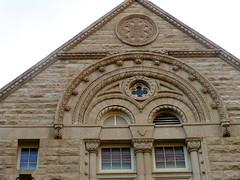 (sftrajan) Tags: richardsonianromanesque tulaneuniversity neworleans louisiana romanesquerevival tiltonmemorialhall andryandbendernagel architecture architektur architettura universit