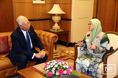 Kunjungan Hormat Ahli Misi Women's Boat To Gaza.Pejabat PM,Parlimen.18/10/16 (Najib Razak) Tags: kunjungan hormat ahli misi womens boat to gaza pejabat pm parlimen