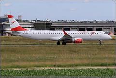 ERJ195 LR Austrian OE-LWA 19000314 Stuttgart Juillet 2016 (paulschaller67) Tags: erj195 lr austrian oelwa 19000314 stuttgart juillet 2016