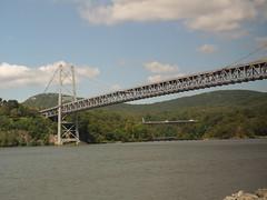 201609008 Hudson and Bear Mountain Bridge (taigatrommelchen) Tags: 20160835 usa ny newyork bearmountain cortlandt stonypoint river bridge hudson railway railroad onboard amtrak