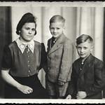 Archiv H667 Für den Vater im Fronteinsatz, 1940er thumbnail