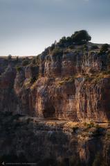 JUMP (Juancdieguez | Photography - Madrid (ES) -) Tags: acantilado atardecer castillaylen espaa europa hoces parquenaturaldelashocesdelroduratn rio rioduraton segovia carrascaldelro es