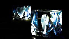 Broken-Heart-Syndrom (montagestaender) Tags: mirro spiegel heart herz glas light dark lowkey licht schatten hell dunkel komposition