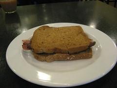 SILVA'S BACON SANDWICH 001 (smtfhw) Tags: 2016 food cooking britain london cafes breakfasts silvas