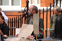 Protestors at the Ecuadorian Embassy (Ian Press Photography) Tags: street people london person julian candid protest streetphotography embassy protesting protestors ecuadorian wikileaks assange