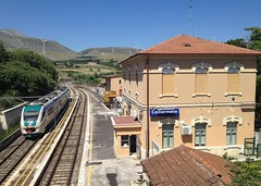 Collarmele (c_2323) Tags: ale natura treno abruzzo regionale minuetto collarmele bellabruzzo sulmonaavezzano