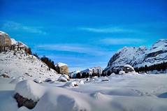 (Lorybusin) Tags: schnee neve montagne dolomiti awesome landscape stones nikon snow flora nature natura naturaleza montas mountains fanes dolomites