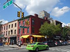 201608083 New York City Brooklyn (taigatrommelchen) Tags: 20160833 usa ny newyork newyorkcity nyc brooklyn icon urban city building cafe street taxi cab
