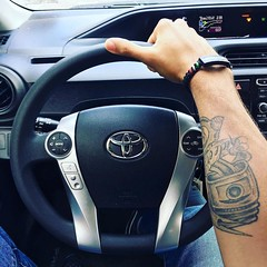 Customer pic from @pperezc wearing his custom carbon fiber bracelet. #Repost @pperezc  Going to the track of COTA driving my beast for the weekend. Toyota Prius . Yendo al circuito de COTA manejando (JenniferRay.com) Tags: instagram carbon fiber jewelry exclusive jrj jennifer ray paracord custom