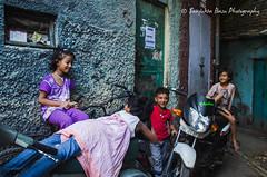 Nizamuddin dargah basti-16 (Sanjukta Basu) Tags: monuments delhi heritage restorationproject nizamuddin urbanpoor poverty slum basti india outdoor people streetphotography