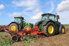 IMG_2325 (lesleydoubleday) Tags: langar farming farmmachinery johndeere johndeere50thcelebration tractor