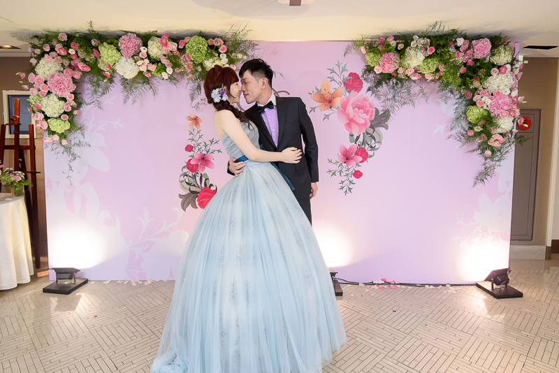 國賓婚攝,台北國賓,國賓飯店婚宴,新秘Miko ,婚攝小勇,台北婚攝, 愛瑞思新娘秘書造型團隊,西敏英國手工婚紗,小寶工作室-093