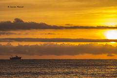 17 de octubre (4) (Carme MV Photography) Tags: malgratdemar amanecer playa mar sol xatakafoto fotodng dzoom
