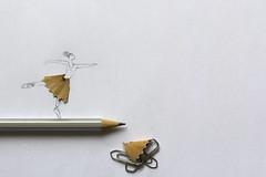 Taille fine - HMM ( jjuke44 ) Tags: crayon danseuse macromondays ppep