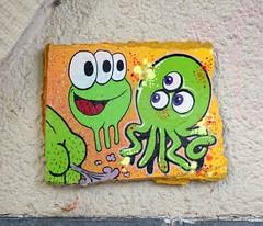 - (txmx 2) Tags: hamburg streetart tile fart hkdns siro whitetagsrobottags whitetagsspamtags