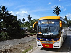 Yellow Bus Line A-009 (Monkey D. Luffy 2) Tags: higer philbes mindanao bus photography philippine philippines enthusiasts s society