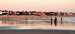 Una tarde cualquiera (ZAP.M) Tags: reflejos playa orilla atardecer sunset naturaleza nature puestadesol labarrosa chiclana cdiz andaluca espaa flickr nikon nikond5300 zapm mpazdelcerro
